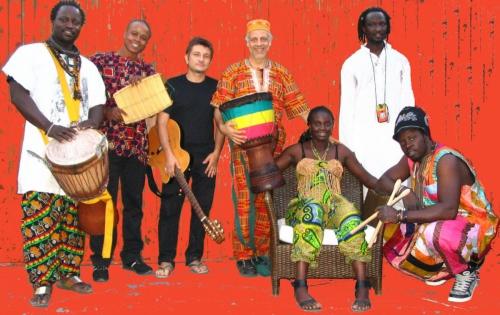 Artale Afro Percussion Band- Villa Celimontana, Roma 2011. Foto di M. Butera